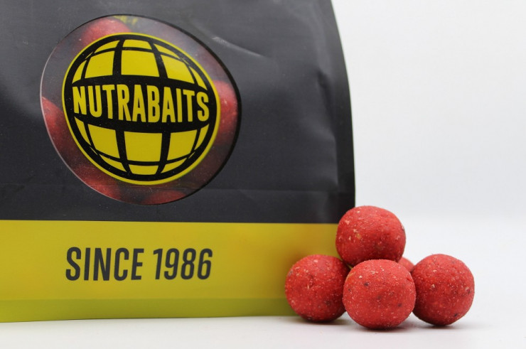 5KG 20mm Strawberry, Cream & Bergamot Shelf-Life Boilies + Pop-Ups
